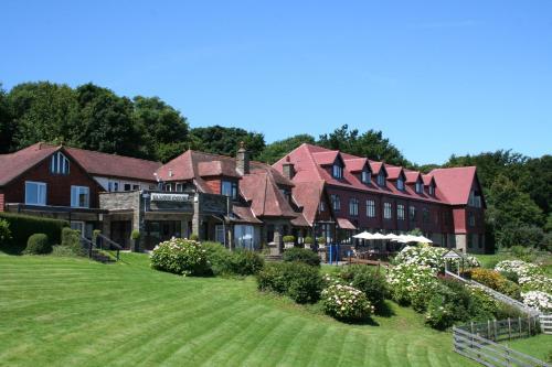 Sandy Cove Hotel