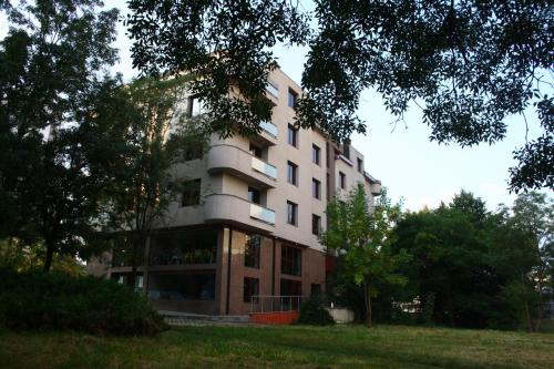 DCity Aparthotel