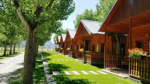 Description for a11y. Aiguestortes Camping Resort