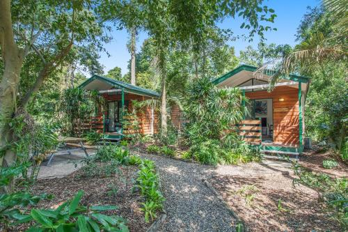 Landsborough Pines Caravan Park