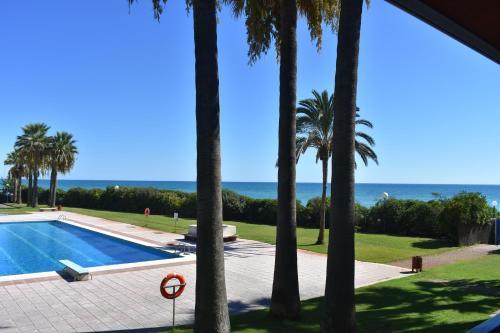 Os 10 melhores hotéis com estacionamento em Gavà, Espanha ...
