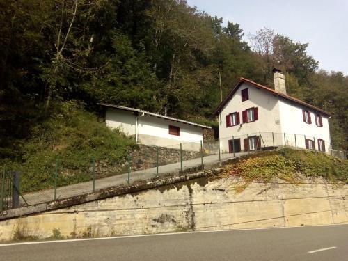 Booking.com: Hoteles en Valcarlos. ¡Reserva tu hotel ahora!