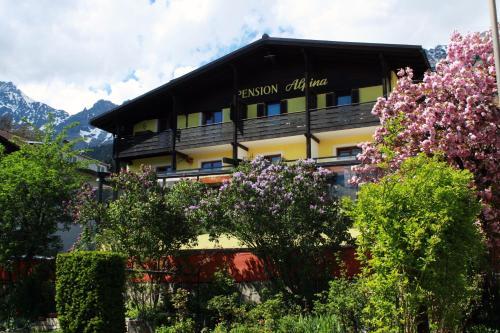 Café Pension Alpina