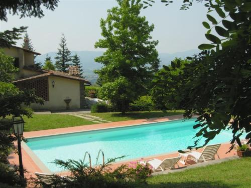 Scarperia Villa Sleeps 8 Pool WiFi