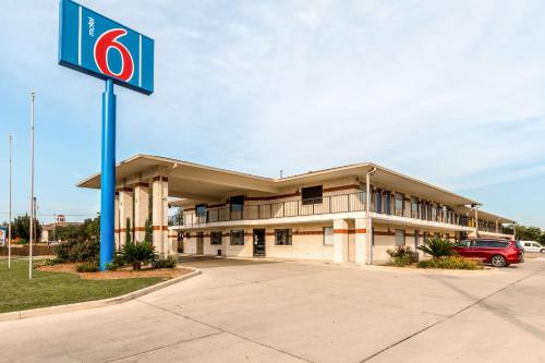 The 10 Best Motels In San Antonio Usa Booking Com