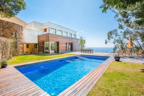 Las 10 mejores casas y chalets de Tamariu, España | Booking.com
