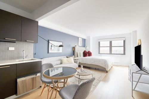 Beautiful Midtown East Suites by Sonder