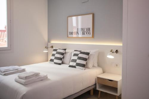 Reserve This Self Catering Accommodation Gran Central Suites