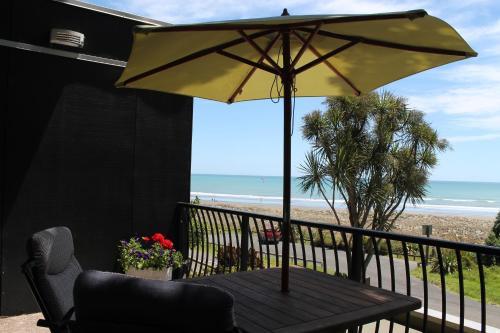 Ohiwa Beach Apartments/ Motel