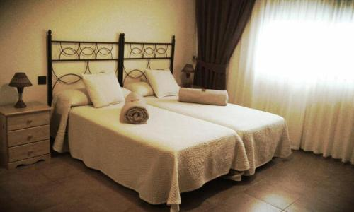 Booking.com: Hotels in Villa del Prado. Book your hotel now!