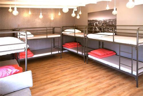 Su hostel