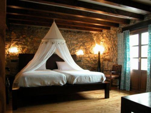 Booking.com: Hoteles en Oronoz-Mugaire. ¡Reserva tu hotel ahora!