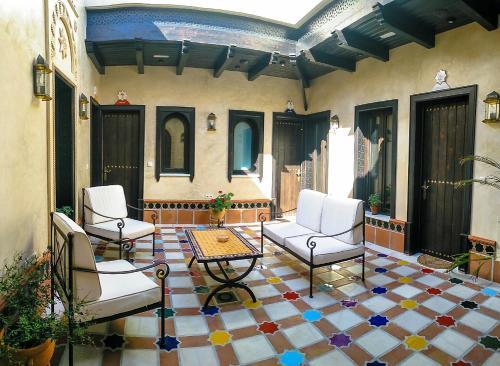 Booking.com: Hoteles en Alcalá del Valle. ¡Reserva tu hotel ...