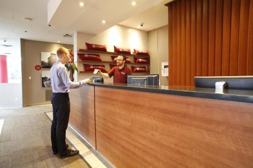 Résidences de L'Université d'Ottawa - Residence Rideau   University of Ottawa Residences - Rideau Residence