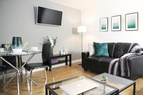 Elite Luxury Leeds City Apartment