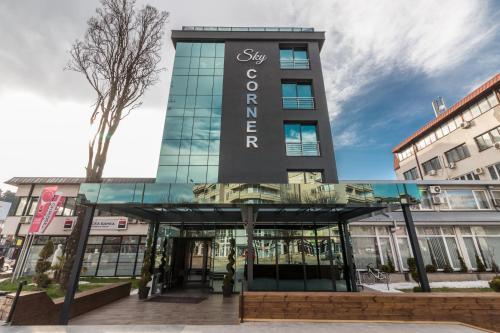 Sky Corner Hotel