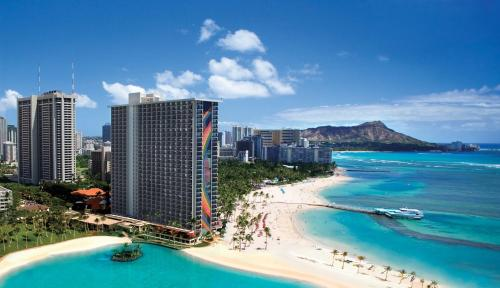 Hilton Hawaiian Village Waikiki Beach Resort