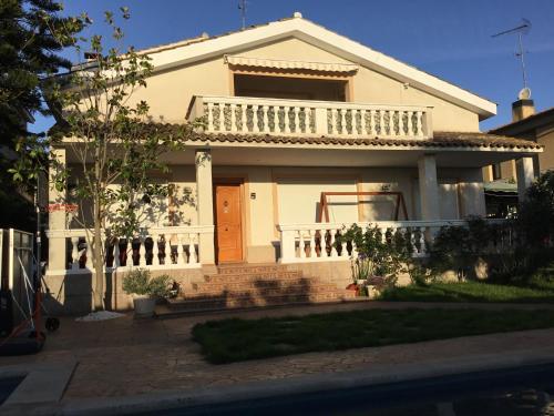 Las 10 mejores casas y chalets de Alella, España | Booking.com