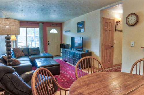 Perfect Location To Downtown Breckenridge!