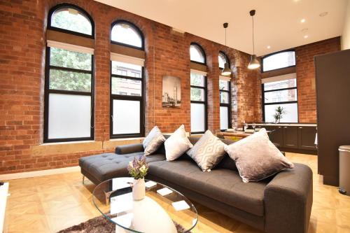 Luxury Manhattan-Styled Inner-City Hideaway