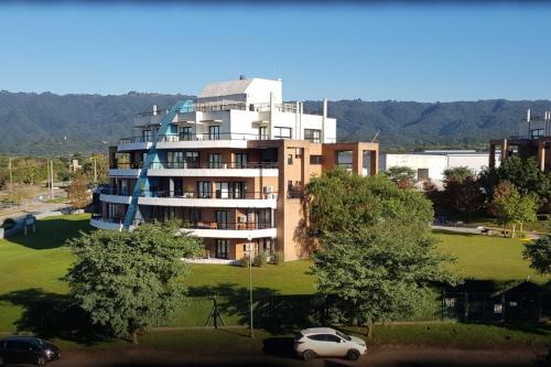 Moderno departamento 2D Terrazas Park