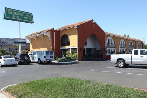 Granada Inn