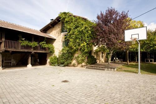 Caserio Bitoriano, Amézaga – Precios actualizados 2019