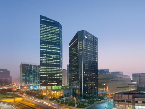 Description For A11y Mandarin Oriental Hotel Guangzhou