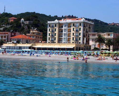 Lido Resort