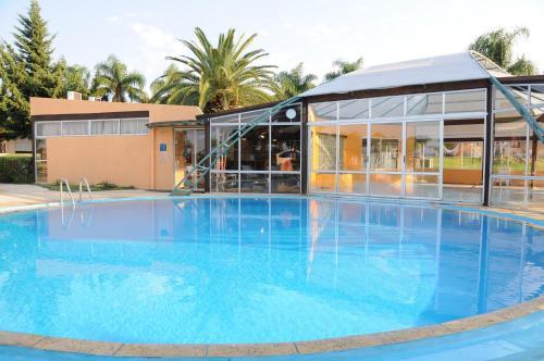 Los 10 mejores hoteles adaptados de Termas Uruguay ...