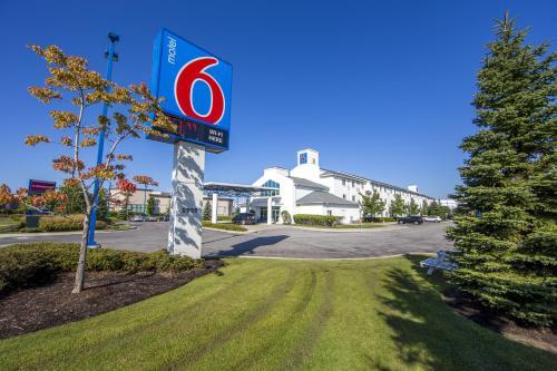 Motel 6 Toronto - Mississauga