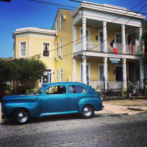 Creole Gardens Guesthouse and Inn