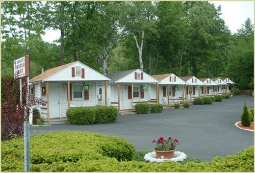 Seven Dwarfs Cabins - White Cabin