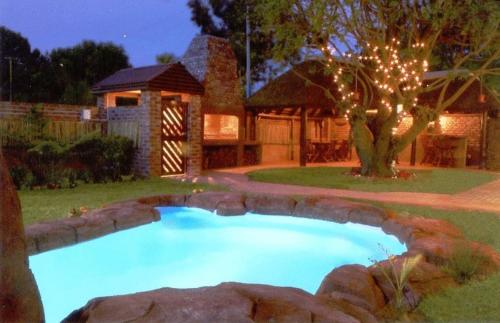 Treetops Guesthouse