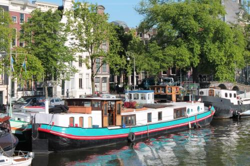 A358 Amstel - B&B on a Houseboat