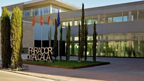 Los 10 mejores hoteles económicos de Alcalá de Henares ...