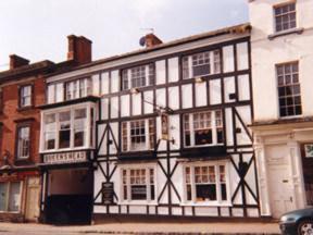 The Queens Head Hotel