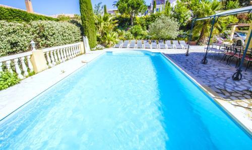 Grande Villa Récente à Sainte Maxime - Golfe de Saint Tropez