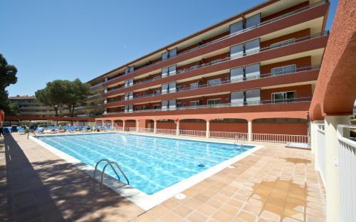 Apartamentos Sallés Beach