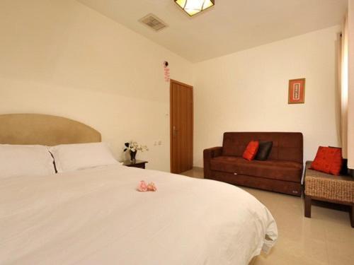 Tamar Golan Suites