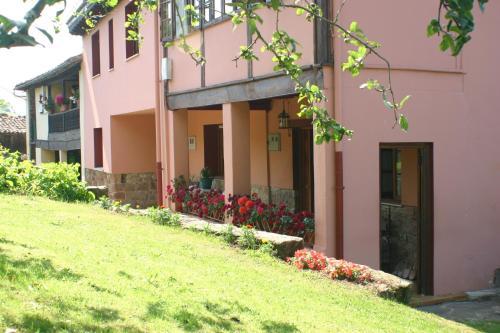 Booking.com: Hoteles en Cajide. ¡Reserva tu hotel ahora!