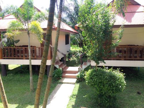 Khao Sok Nung House