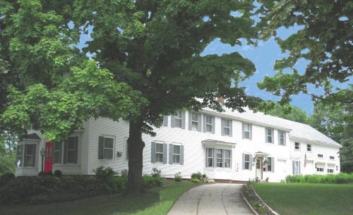 The Bridges Inn at Whitcomb House B&B