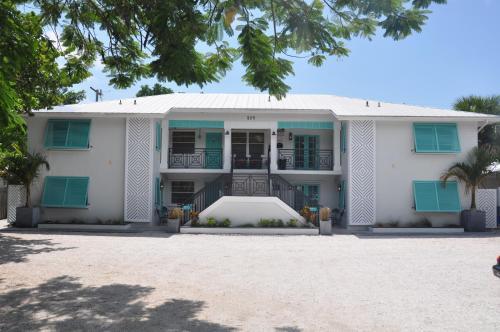 Lido Islander Inn and Suites - Sarasota