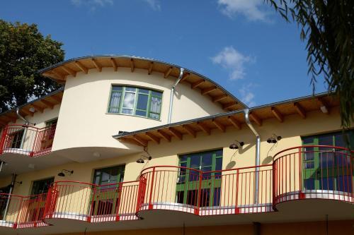 Seminar- und Gästehaus Flussbad Gartenstrasse