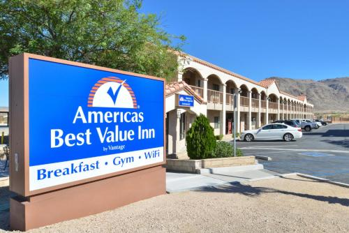 The 10 best hotels with parking in Twentynine Palms, USA