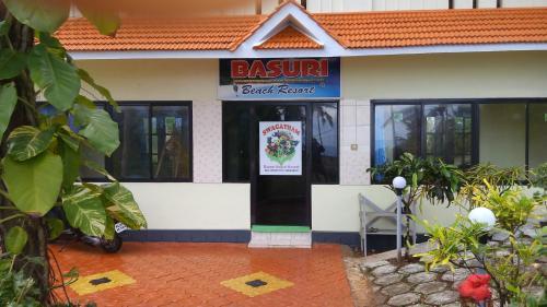 Basuri Beach Resort