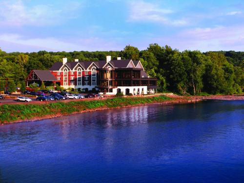 The best available hotels & places to stay near Lambertville, NJ