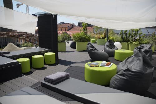 Miloft Guest Rooms and Terrace