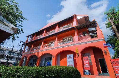 New Orange Pier Guesthouse